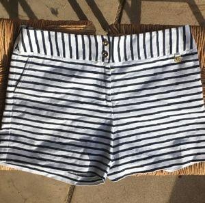 Anne Klein Shorts in Navy Stripe